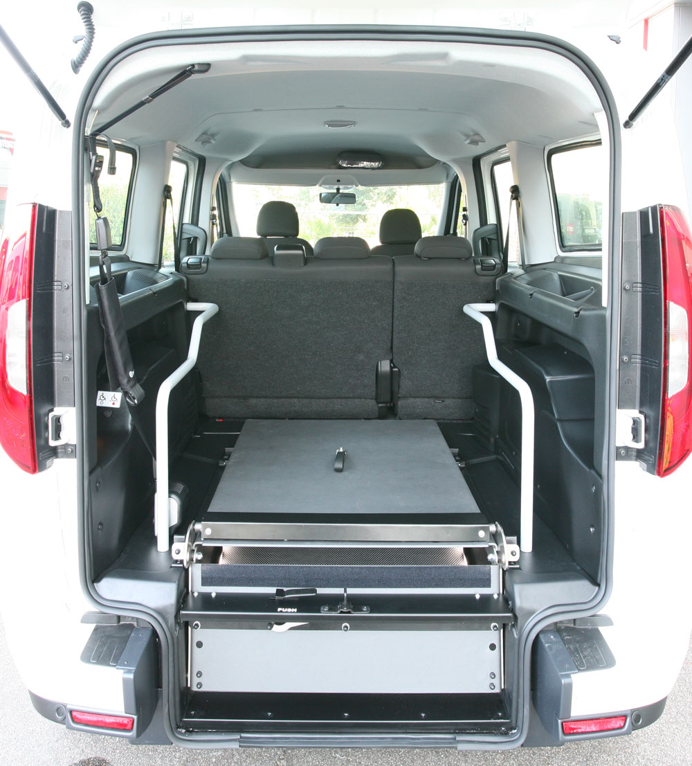Wheelchair Accessible Fiat Dobl 242 With Lowered Floor