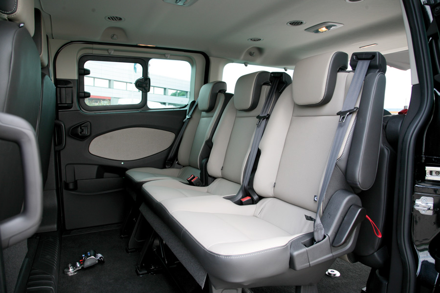 Ford Passenger Van >> Ford Tourneo Custom Wheelchair Accessible Van - Fiorella WS